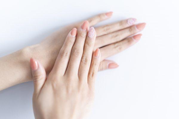 爪を傷めないパラジェル